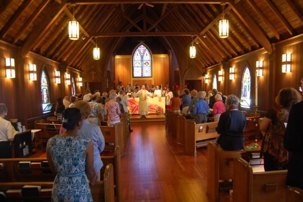 Worshiping at All Saints_0107